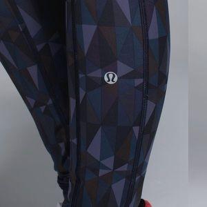 lululemon athletica Pants - Lululemon Speed Tight II *Full-On Luxtreme Size 6